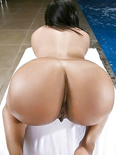 Big Ass Pool Pics